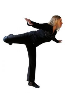 girl-in-black-clothes-balancing-1428709